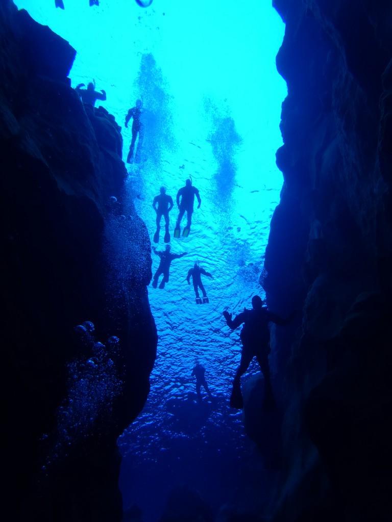 Diving Silfra 20
