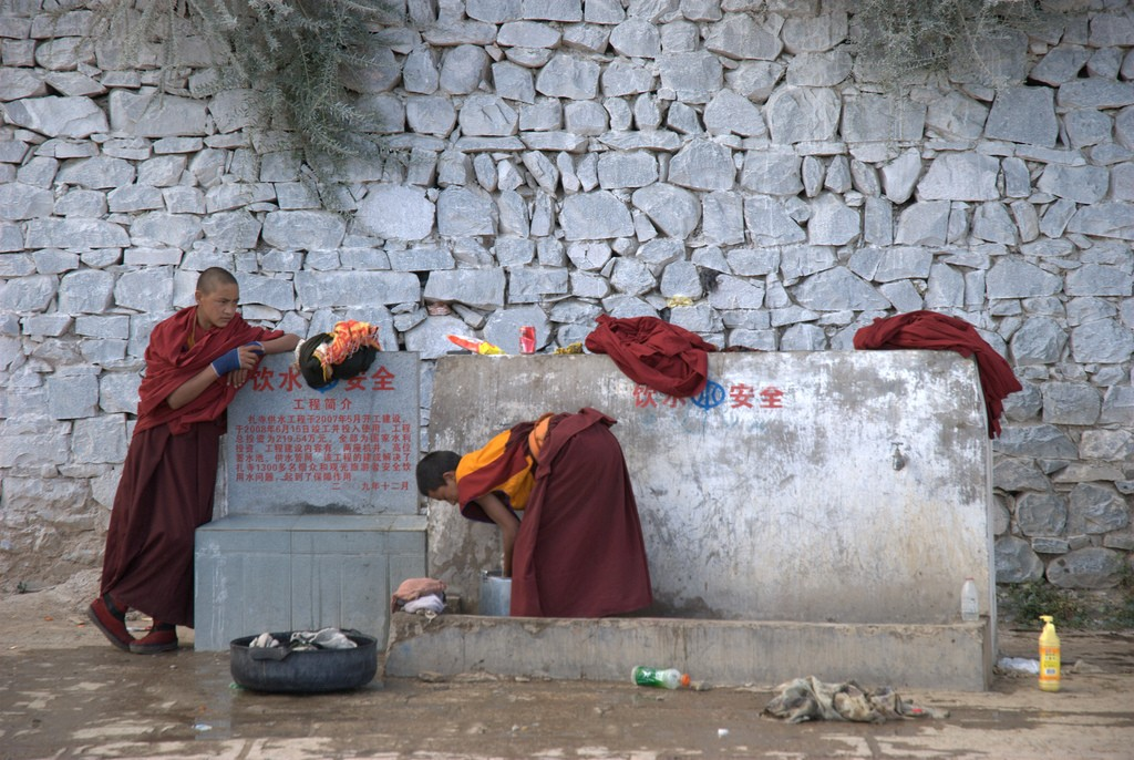 Monniken aan het werk