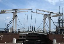 Bridge Huis ten Bosch Japan