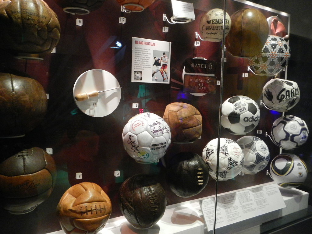 Voetbalcollectie Manchester museum