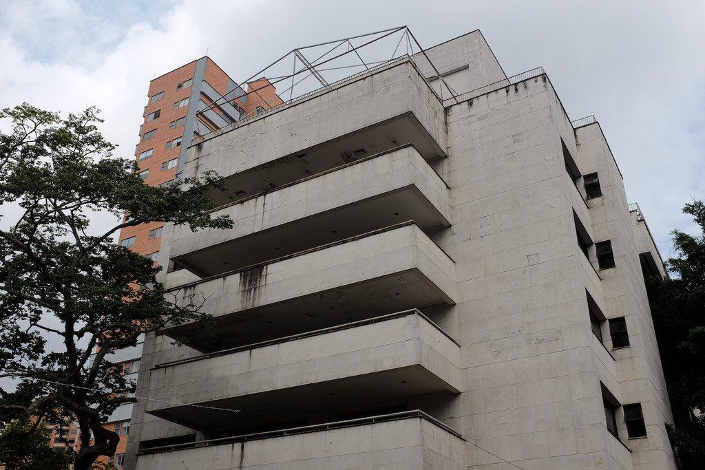 Pablo Escobar tour ontmoetingsplek gebouw in Poblado