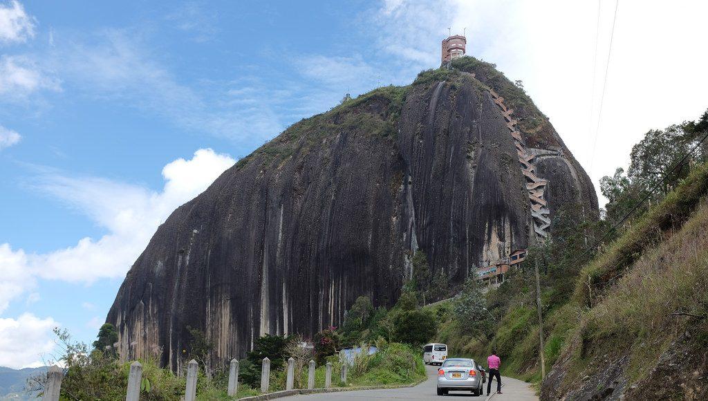 Beklim de Piedra del Penol in Guatape Colombia