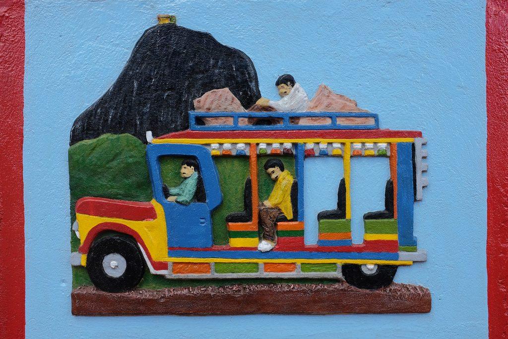Guatape Colombia muurschildering auto