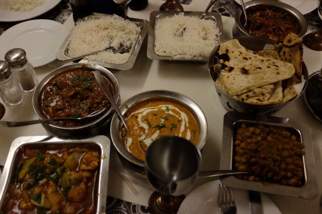 Eten bij restaurant Pindi