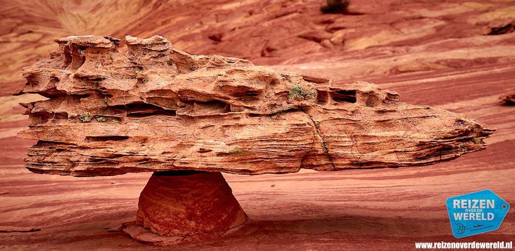 Bijzondere rots in evenwicht Fatali's boneyard