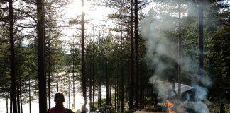 Eten en drinken in de natuur Zweeds Lapland zomer