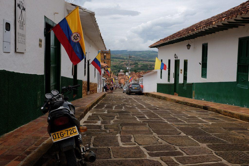 Motor in Barichara reisroute Colombia