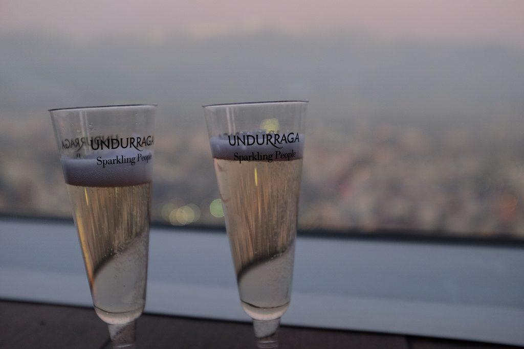 Doen in Santiago de Chile: Champagne Sky Costanera
