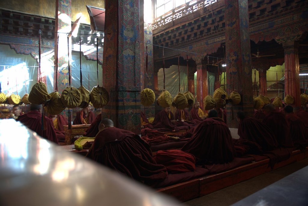 Monniken actief