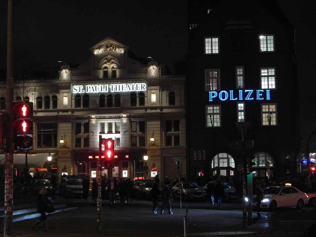Reeperbahn Hamburg stedentrip mannenweekend Europa