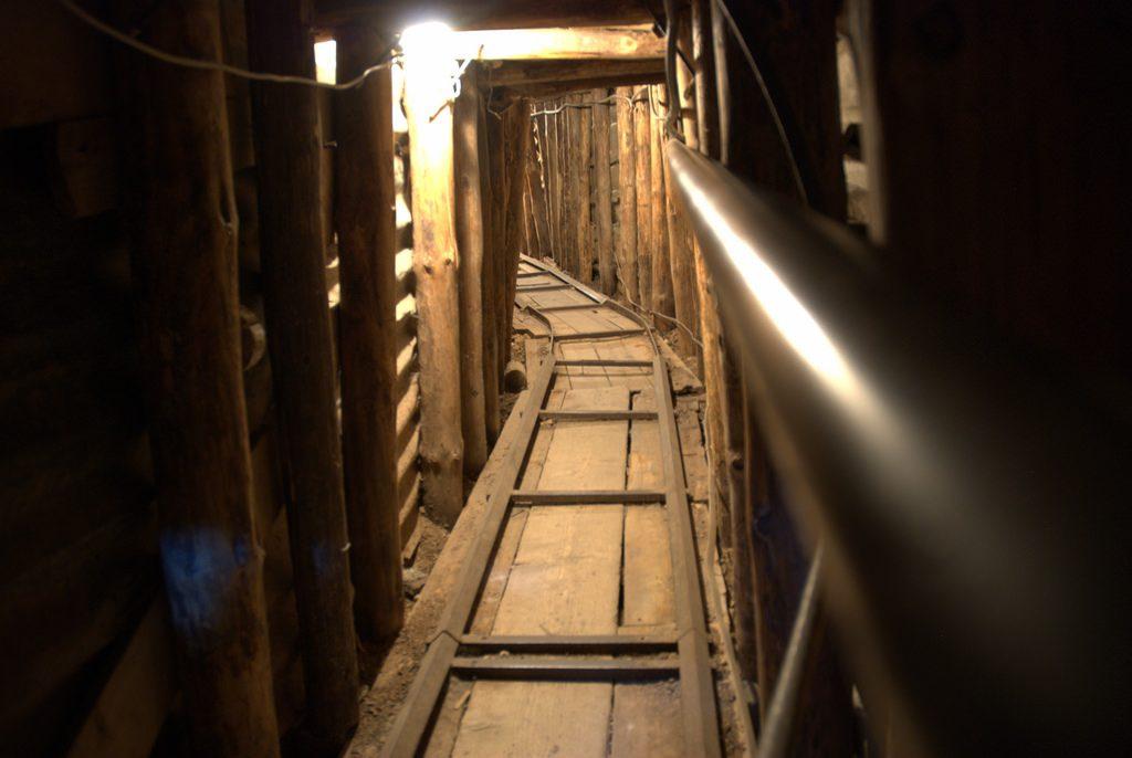 War Tunnel Sarajevo bezienswaardigheden Bosnie en Herzegovina
