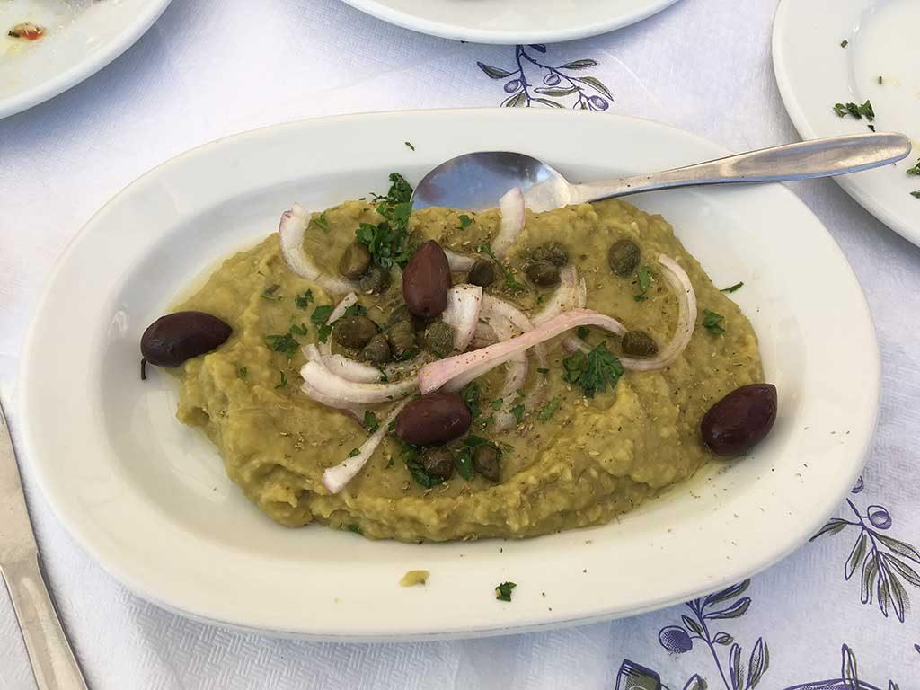 Fava eten op Grieks eiland Lesbos heerlijk eten en drinken