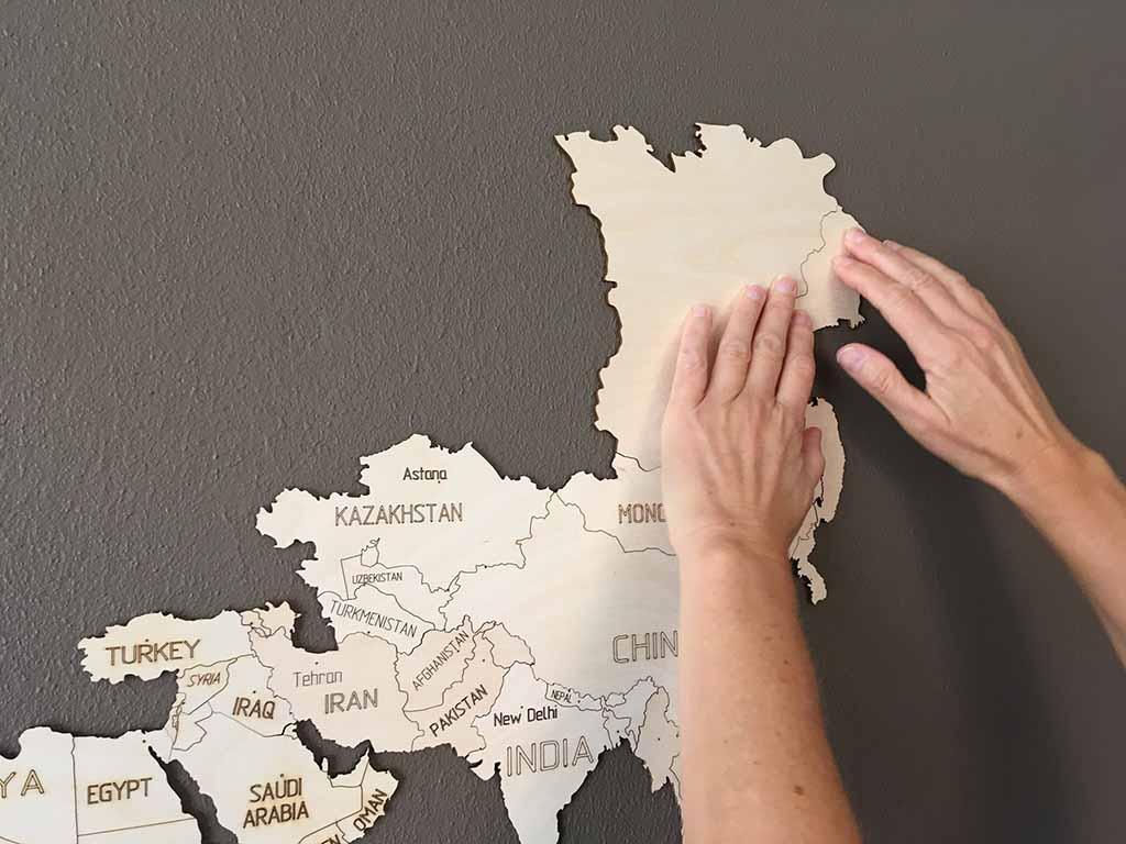 Ongebruikt Must-have voor de handige wereldreiziger: Een wereldkaart van hout OY-17