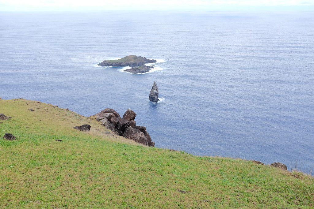 Eilandje Matu Nui bij Orongo dorp