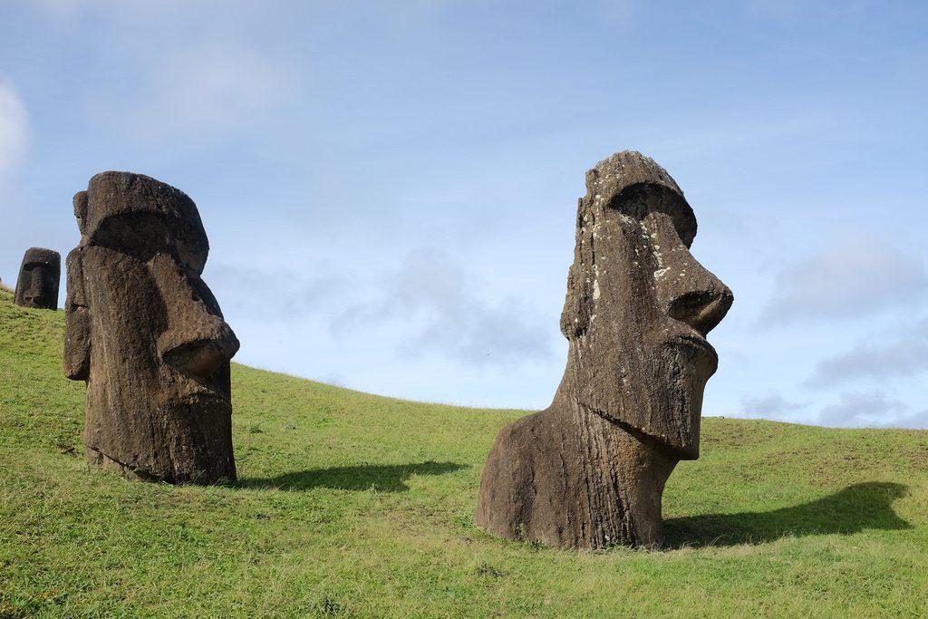 Hina Riru Moai Paaseiland bezoeken Rano Raruku