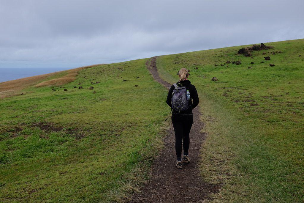 Suus loopt naar krater