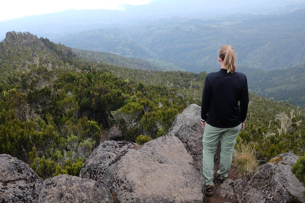 Uitzichtpunt op de route naar Shira Cave