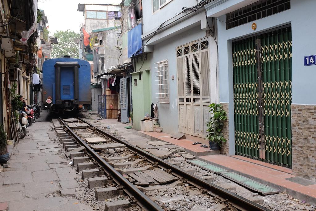 Treinstraat Vietnam Hanoi: Trein is voorbij