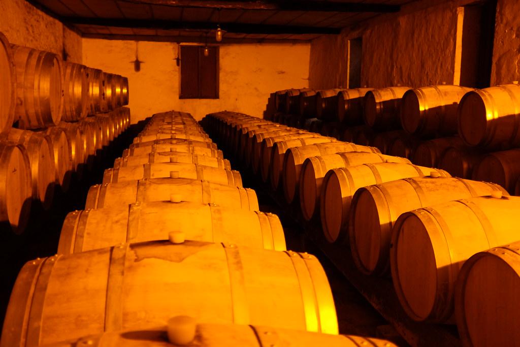 Chateau Tiregand Zuid-Frankrijk wijnkelder vanuit de proeflocatie