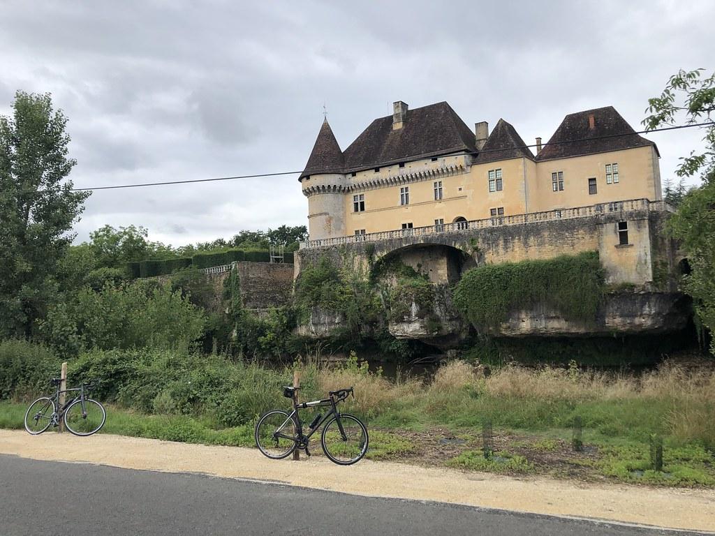 Chateau de Losse fietsen