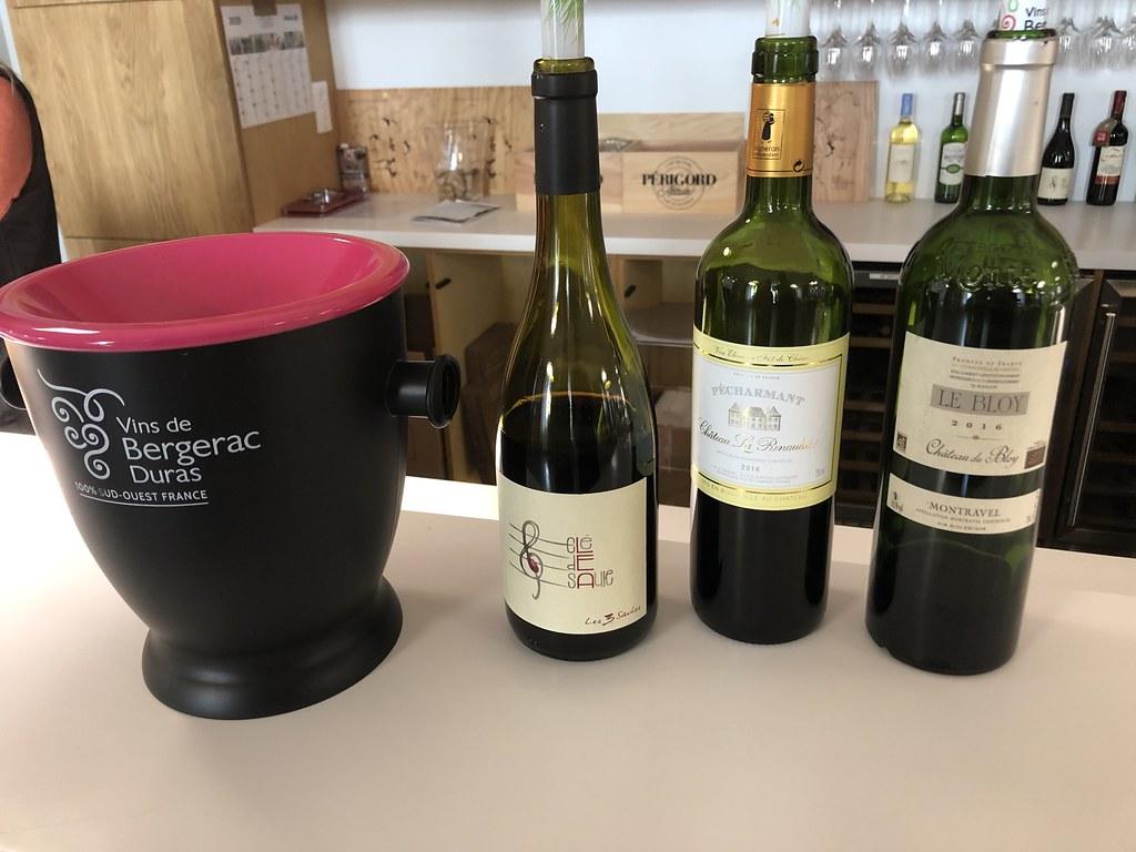 Wijn proeven in Maison des Vins (Quai Cyrano)